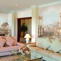 Фреска на стенах в современных интерьерах