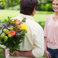 Цветы для русской девушки: Как и что выбрать?